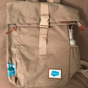 Dreamforce 2017 backpack with water bottle